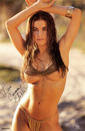 Born Tara Leigh Patrick, the stunning Carmen Electra is actually a year younger than me! (FansShare.com)