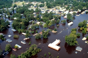 An aerial shot of eastern North Carolina after Hurricane Floyd (US Army)