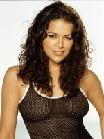 See-through is a good look for her (Swotti)