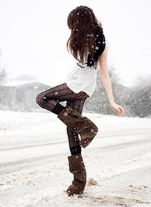 Is there anything better than tights in the winter time? (Pieway)
