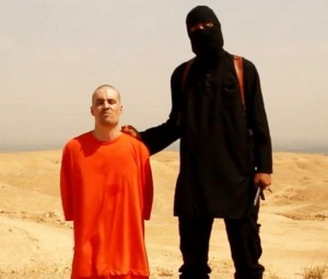 Foley and his ISIS executioner (ABC News)